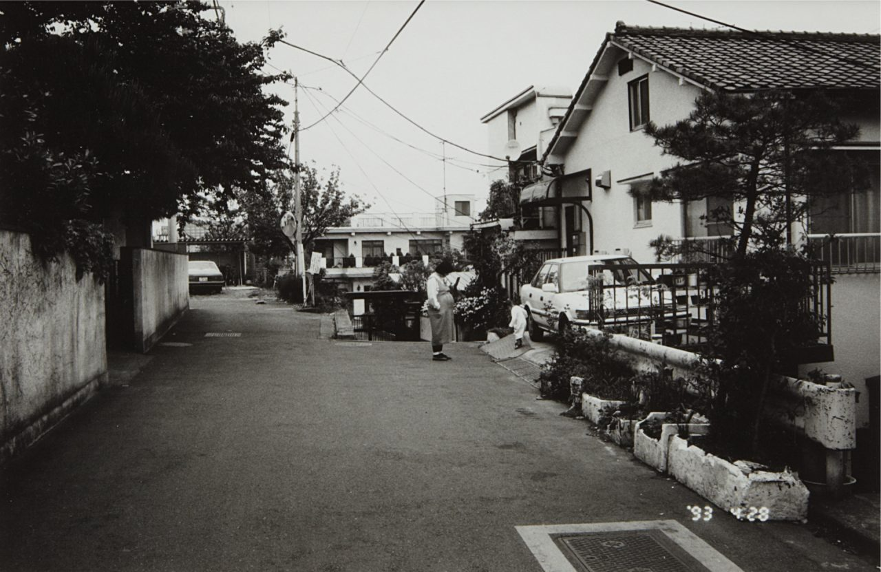 Na 2003 044