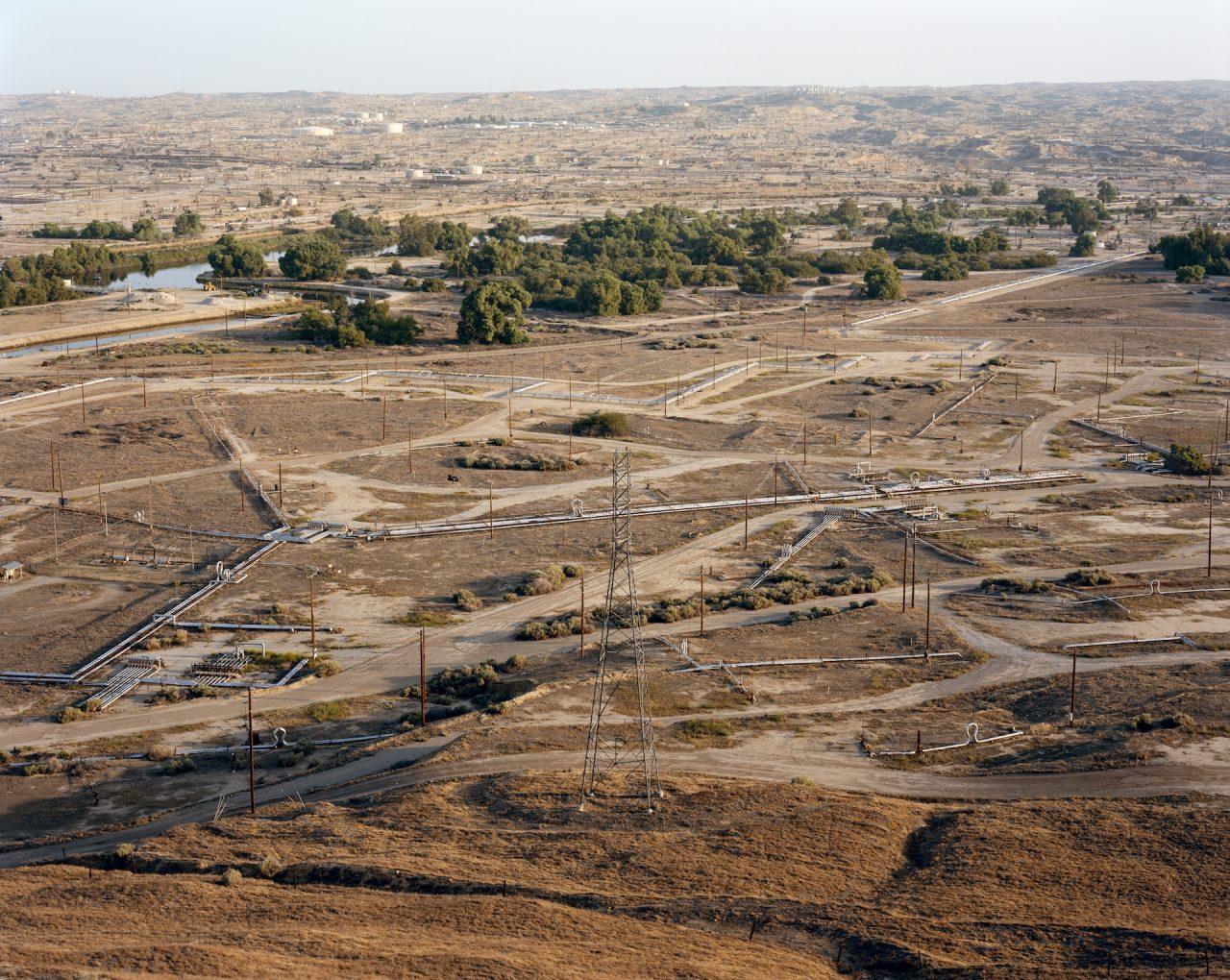 ME-704-2007-Kern-River-Oil-Field-Oildale-California