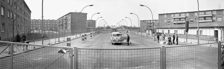 AM Messmer Arwed Berlin Wall Panorama 1