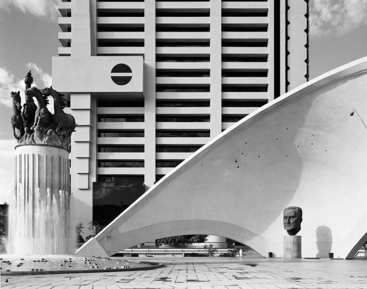 DG-1427_Goldblatt_1982_Structures_Pretoria