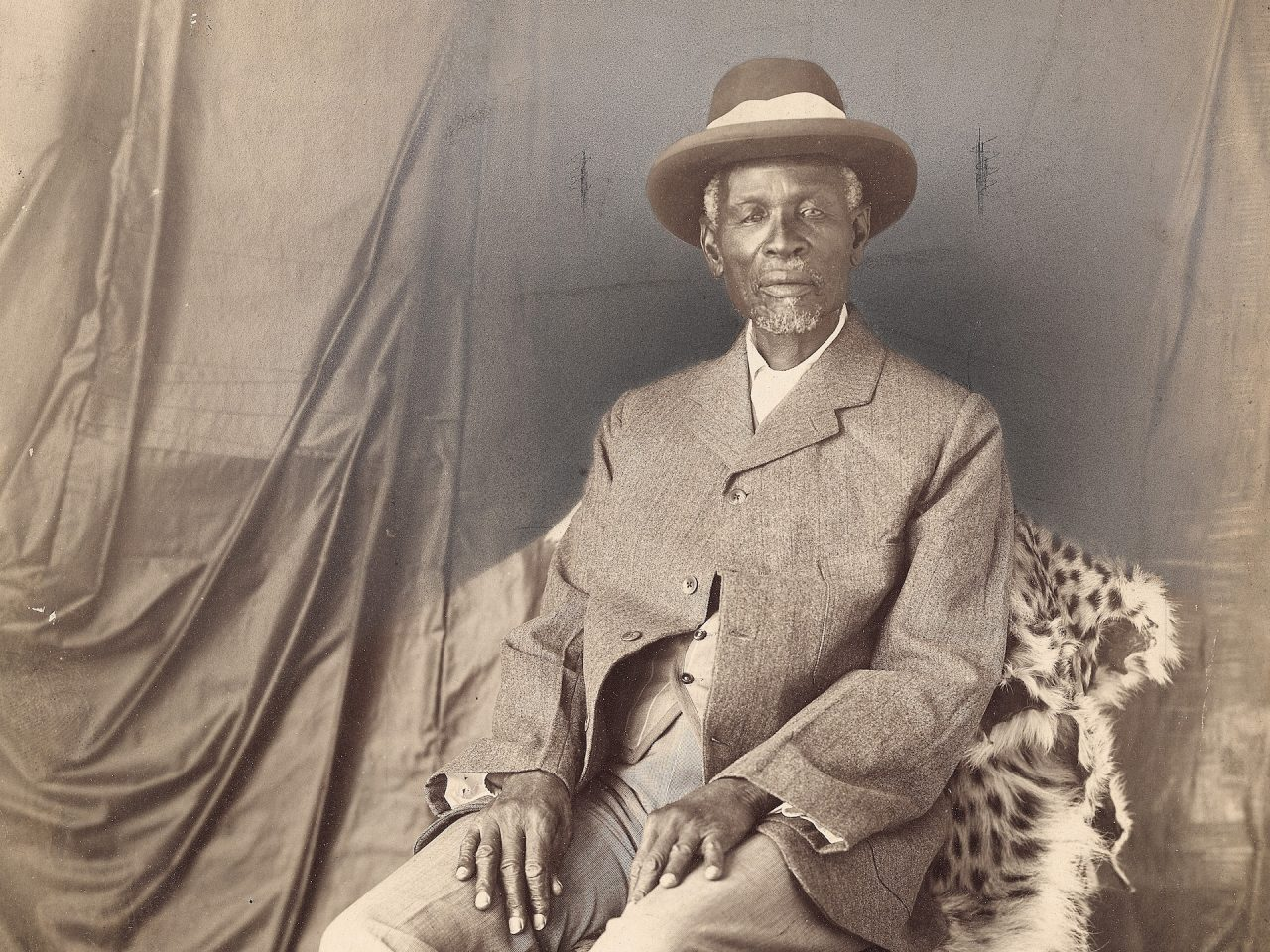 19 C 1532 Unidentified Photographer King Khama cropped